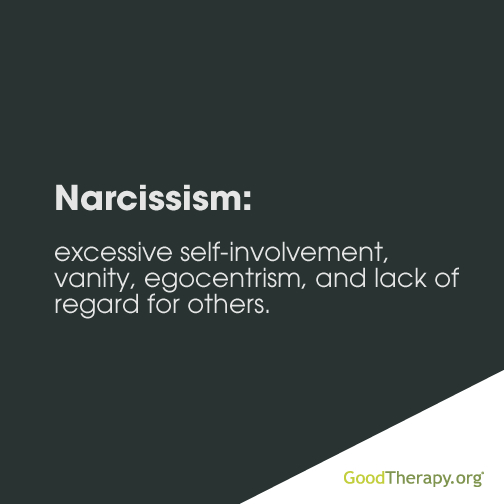 how to be in a relationship with narcissistic person