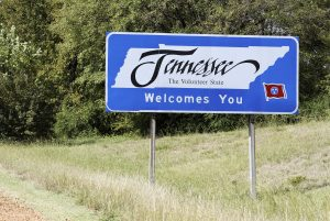 Tennessee welcome sign on road